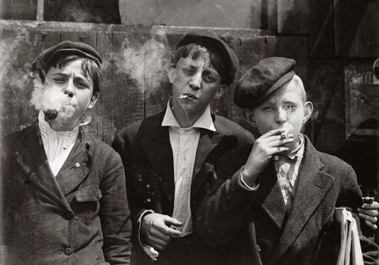 Child laborers: 1880