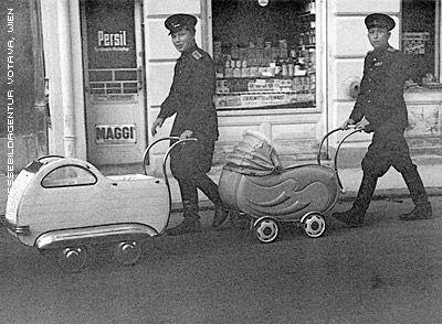 nazi_strollers_wien