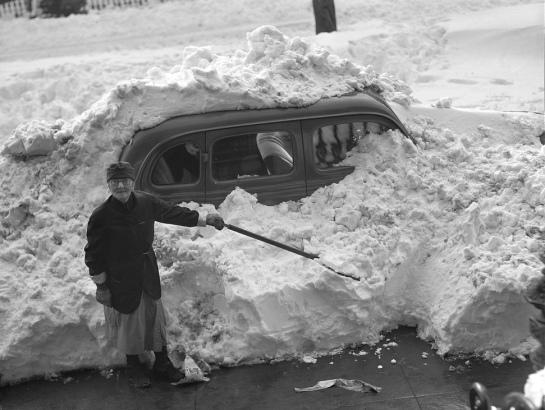 Vintage-Snow-Storm-2
